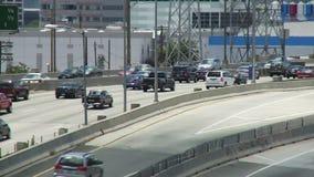 Traffico dell'autostrada senza pedaggio di Los Angeles stock footage