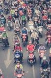 Traffico della motocicletta nel saigon - molti driver del motorino, streptococco ammucchiato Immagine Stock Libera da Diritti