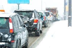 Traffico della tempesta di inverno fotografie stock