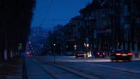 Traffico della via della città e lasso di tempo delle luci stock footage