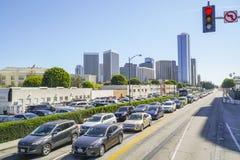 Traffico della via a Los Angeles - ingorgo stradale - LOS ANGELES - CALIFORNIA - 20 aprile 2017 immagine stock