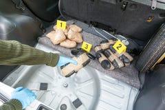 Traffico di droga o introdurre di contrabbando fotografia stock libera da diritti