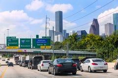 Traffico 10 di Houston Fwy da uno stato all'altro nel Texas Stati Uniti Fotografie Stock
