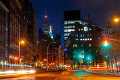 Traffico di notte davanti al bottaio Union Fotografie Stock Libere da Diritti