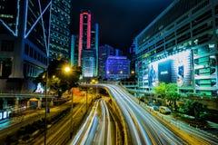 Traffico di notte di Hong Kong immagine stock