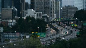 Traffico di Seattle La sera di Seattle permuta video d archivio