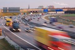 Traffico di sera a Monaco di Baviera Fotografie Stock Libere da Diritti