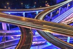 Traffico di Shanghai alla notte Fotografia Stock