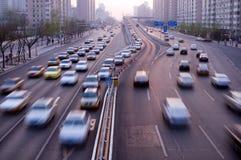 Traffico di viaggio delle automobili immagine stock