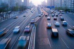Traffico di viaggio delle automobili Fotografia Stock