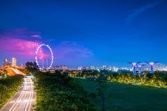 Traffico e fulmine a Singapore Fotografia Stock Libera da Diritti