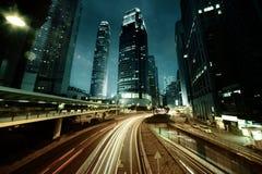 Traffico in Hong Kong a tempo di tramonto fotografie stock libere da diritti