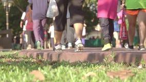 Traffico pedonale in Sunny Park Movimento lento