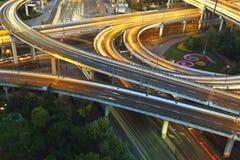Traffico stradale del viadotto Fotografia Stock