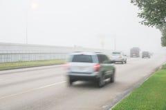 Traffico stradale nebbioso Fotografia Stock Libera da Diritti