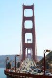 Traffico su golden gate bridge Fotografia Stock