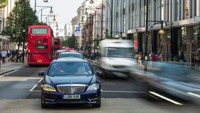 Traffico in via di Londra Oxford archivi video