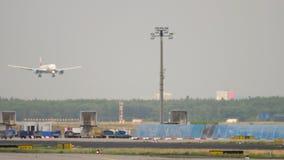 Trafik av den Frankfurt flygplatsen lager videofilmer
