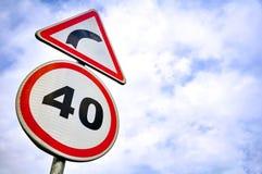 Trafik eller vägmärke i dag royaltyfri fotografi