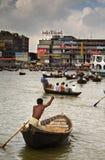 trafik för fartygburiganagaflod Arkivbilder