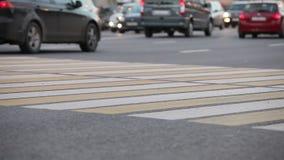 trafik för gata för byggnadscityscapeväg arkivfilmer