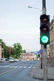 trafik för grön signalering arkivbild