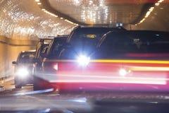 trafik f?r nattregnsnow fotografering för bildbyråer
