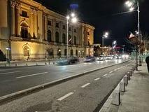 Trafik i gatorna av Bucharest royaltyfria foton