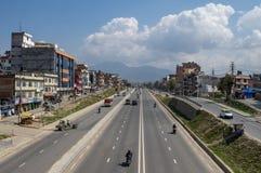 Trafik i staden royaltyfri bild