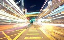 Trafik i stads- finans royaltyfria bilder