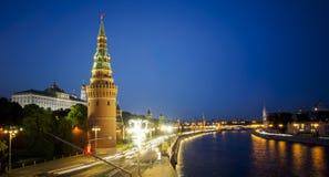 Trafik nära Kreml i Moskva Royaltyfri Foto