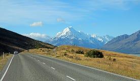 Trafik och Mt-kock royaltyfria bilder