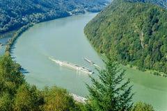 Trafik på Danubet River Fotografering för Bildbyråer