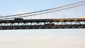 Trafik på en inställd bro lager videofilmer