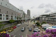 Trafik på gatan Arkivbilder