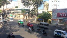 Trafik på gatan av Ho Chi Minh City lager videofilmer