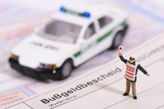 Trafikbiljett från den tyska polisen Royaltyfria Bilder
