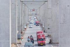 Trafikblodstockning på vägen fotografering för bildbyråer