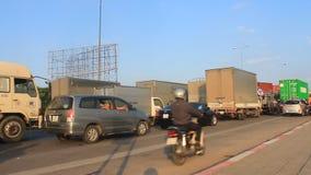 Trafikblodstockning vid olyckor lager videofilmer