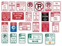 Trafikera tecken i Förenta staterna - inget parkera Royaltyfri Fotografi
