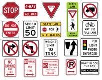 Trafikera tecken i Förenta staterna - reglerande serie Arkivfoto