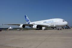 trafikflygplan för 380 flygbuss Arkivbilder