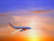 trafikflygplansolnedgång Fotografering för Bildbyråer