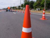 Trafikkottar som blockerar vägen Arkivfoton