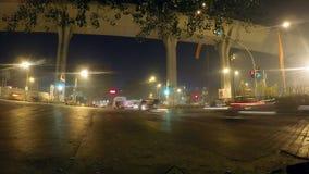 Trafikljus på gatorna av Mumbai, Indien stock video
