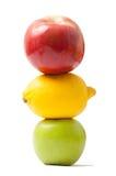 Trafikljus som göras från frukter Arkivfoto