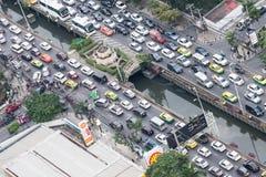 Trafikstockning för Bangkok stadsrusningstid Arkivfoto