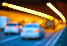 Trafikstockning på ingången till tunnelen royaltyfri bild
