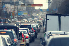 Trafikstockningar i staden, väg, rusningstid Arkivbild