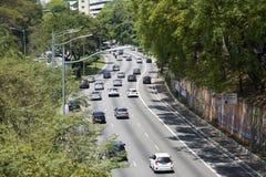 Trafique em 23 de maio Avenida em Sao Paulo Fotos de Stock Royalty Free